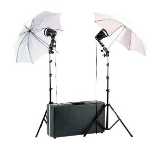 Smith-Victor 1200-Watt Attache Location  Kit with Umbrellas