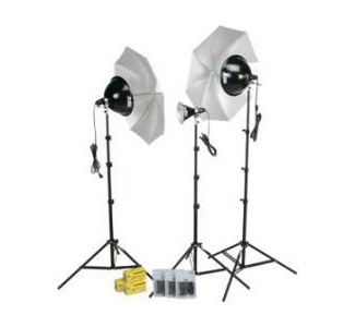 Smith-Victor KT800U 3 Light Thrifty Advanced Light Kit 401343