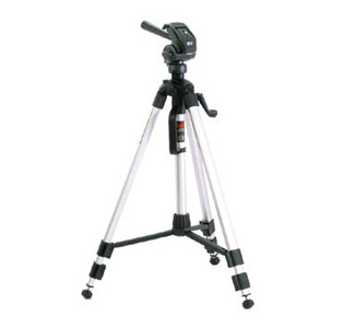 Smith-Victor P820 Pinnacle Tripod with 2-Way Fluid-Effect Head