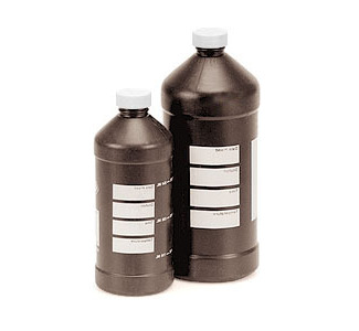 Master Chemical Bottle 64 oz.