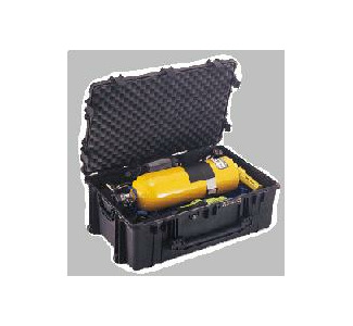 Pelican 1650 Padded Rolling Case